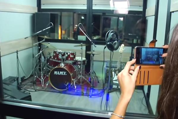 Anteprima-Falena-Record